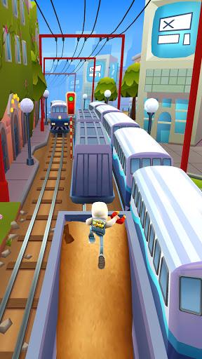 متزلجو قطار الأنفاق